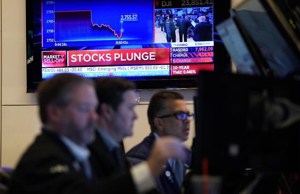 Morning Note: Grim Outlook, Uncertainties Tighten Grip on Markets