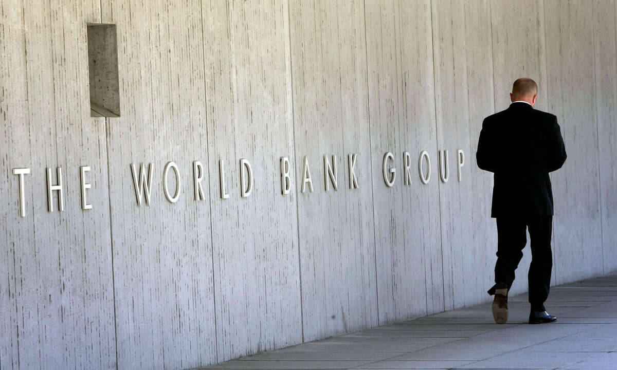 Africa Set To Tip Into its First Recession For 25 Years Due to the Covid-19 outbreak –  World Bank
