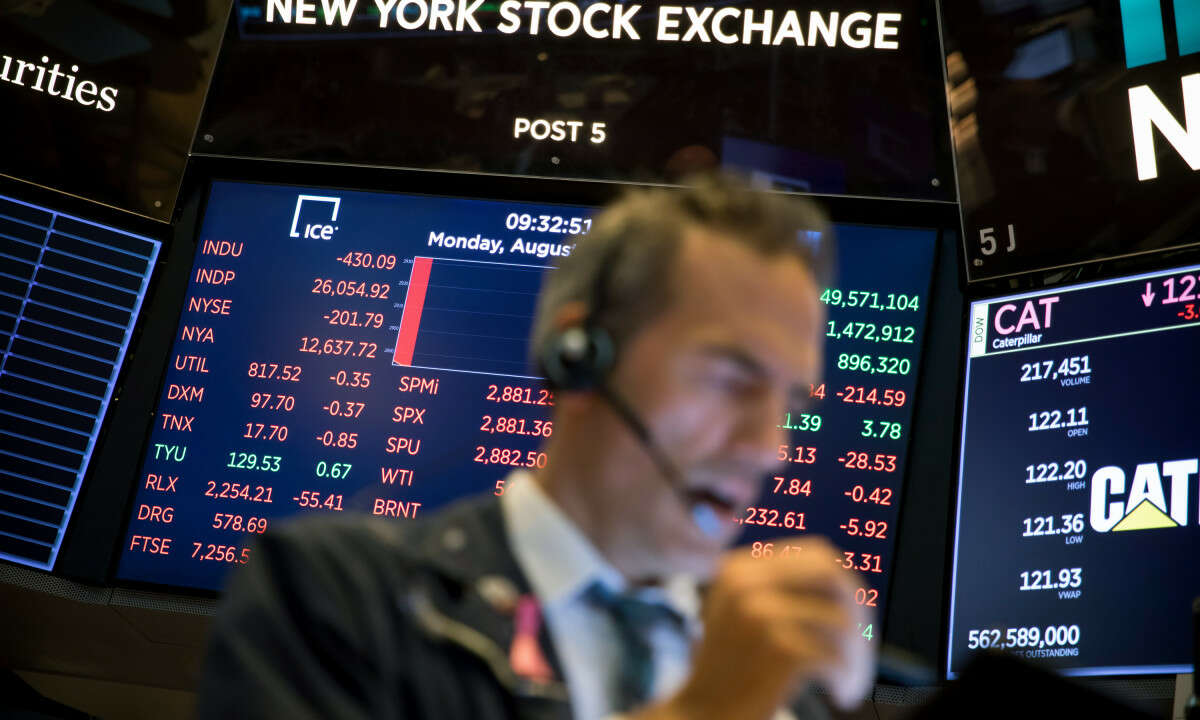 Fed's Action on Inflation Pushes S&P 500, Nasdaq to New Highs