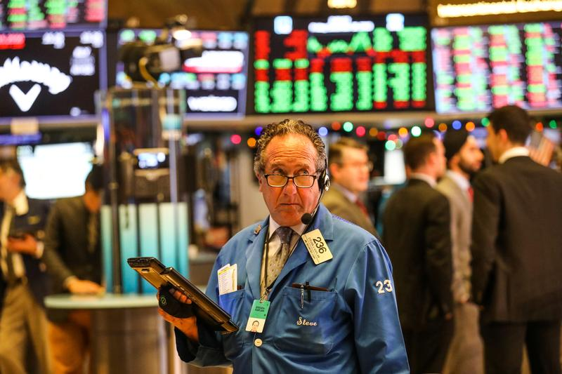 U.S Markets Closed Lower as Concerns Mounted over Stimulus Deal