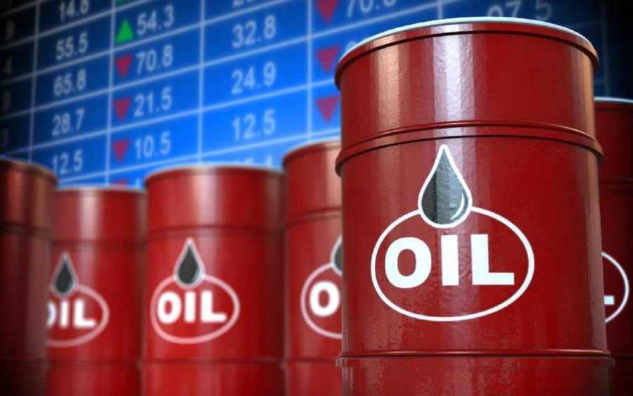 Oil Edges Lower, on Stronger Greenback Amidst Rising U.S Rig Count