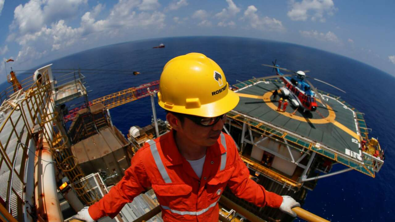 Oil Prices Drop as China's Rising Covid-19 Cases Raises Concerns on Demand
