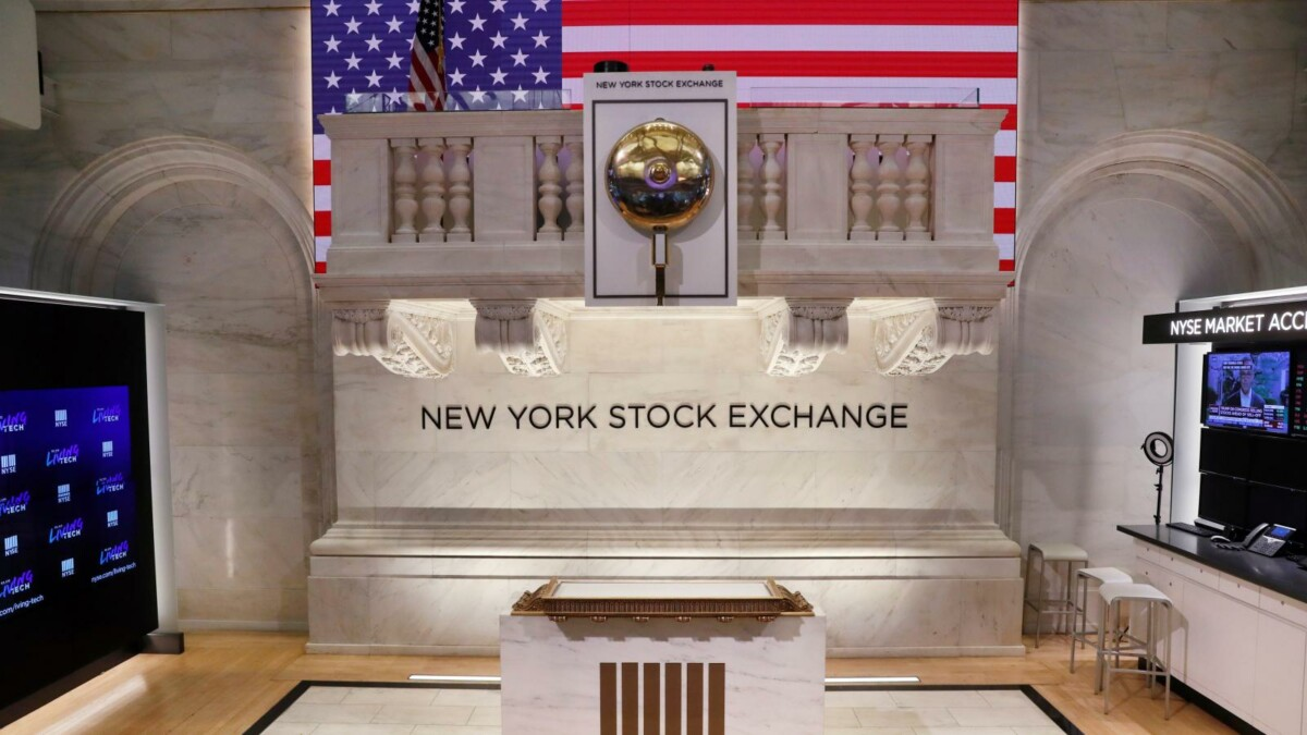 Wall Street Rebounds, Energy Sector Leads backed by Crude Oil 0.5% Price Jump.